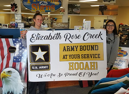 Congrats sign for the US Army